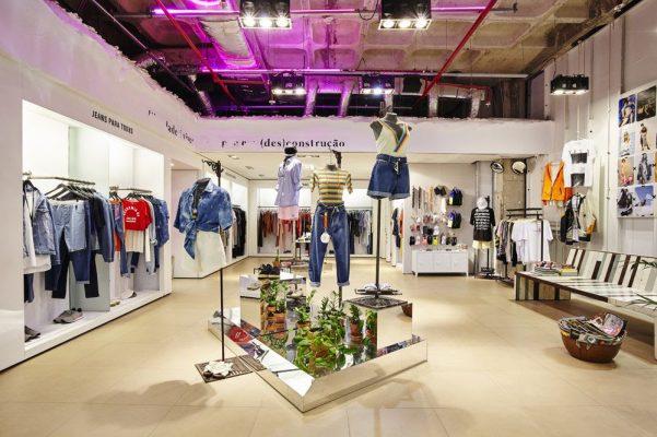Thiết kế thi Công shop thời trang tại Vĩnh Phúc