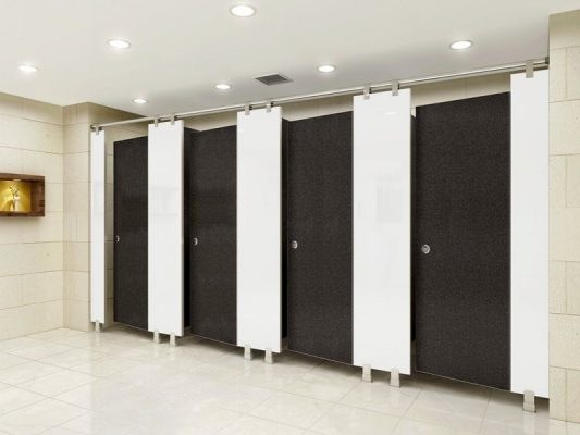 Vách ngăn nhựa sử dụng làm cửa và cách ngăn phòng vệ sinh