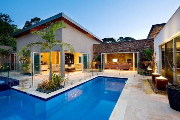 Biệt thự hiện đại có bể bơi