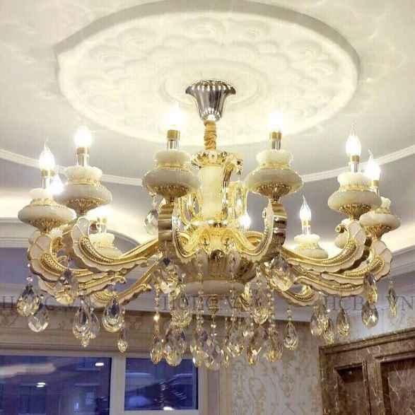 Mẫu đèn chùm pha lê phong cách tân cổ điển