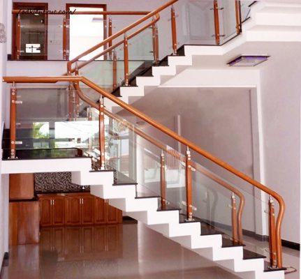 Thi công cầu thang inox bền đẹp giá rẻ tại Vĩnh Phúc